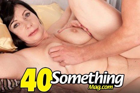 40SomethingMag