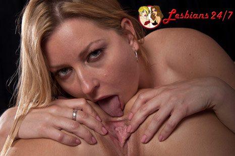 Lesbians247